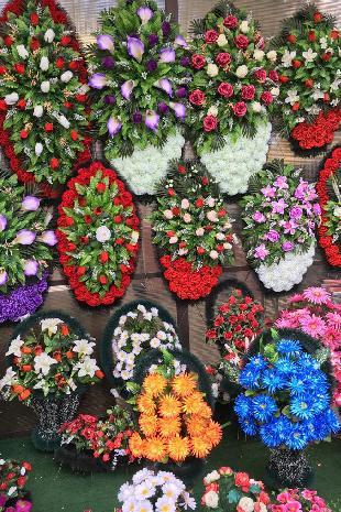 Траурные венки, ленты - организация похорон в Москве